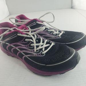 Women's Merrell water Resistant Shoes Size 9 Black Trail  (EU 40)